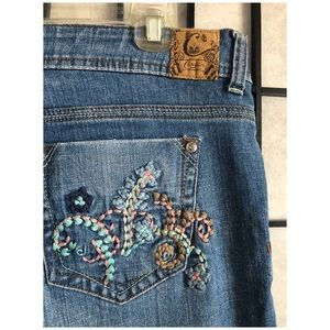 Candies embroidered jeans light wash flare